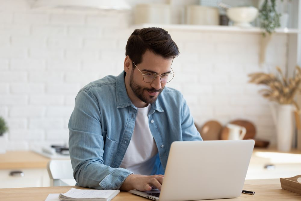 Pros and Cons of Remote Employment
